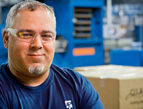 Photography: Manufacturing Employee